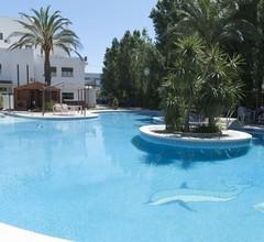 Hotel Ampuria Inn 2