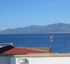 Wohnung an der Straße von Messina 1