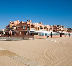 Lloyds Beach Club 2