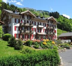 Swiss Historic Hotel du Pillon 2