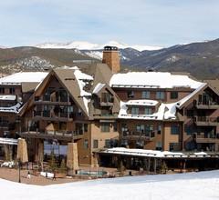 Crystal Peak Lodge 1