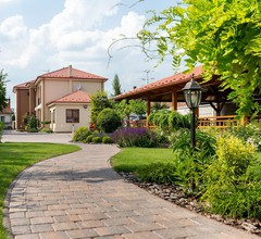 Apartmanovy dom Villa Ephélia 1