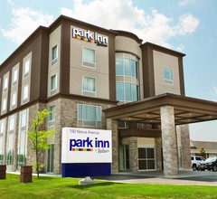 Park Inn by Radisson Brampton, ON 2