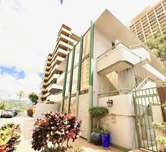 Waikiki Garden Villa 2