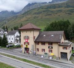 Sust Lodge am Gotthard 2