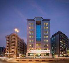 Savoy Crest Hotel Apartments 2