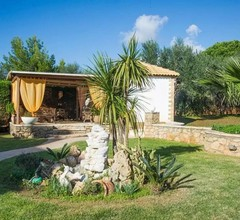 Comfy Nest: In A Garden-1.5km From The Sandy Beach 2