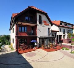 Villa Akme 2