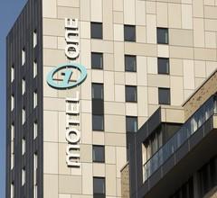 Motel One Hamburg-Alster 1