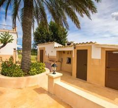 Angenehme Wohnung für 8 Personen mit Klimaanlage- W-lan- Privatem Pool- TV- Balkon und Parkplatz 1