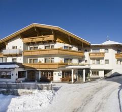 Hotel Hochzillertal 1