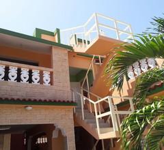 Hostal Olivia. Boca De Camarioca 2