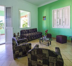 Casa Familiar Vedado 4 Rooms Entire Apartment 1