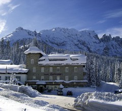 Hotel Castel Latemar 1