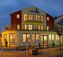 Sur la Mer - Pension & Restaurant 1