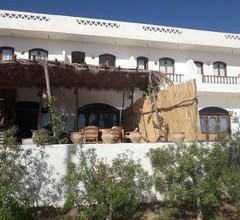 Rihana Guest House 2