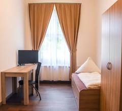 FMM Hostel 1