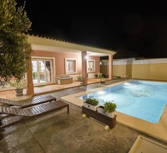 Villa With 3 Bedrooms in Chipiona- With Private Pool- Enclosed Garden and Wifi - 200 m From the Beach 1