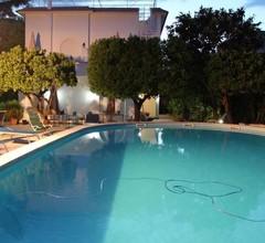 Villa Sorrento Resort - B&B 2