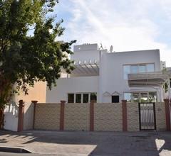 Sunny Villa 1