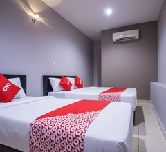 OYO 44097 Avatarr Hotel 1