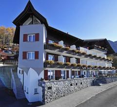 Hotel Oberland 1
