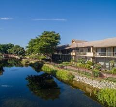 Park Shore Resort 1