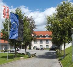 Victor's Residenz-Hotel Teistungenburg 2