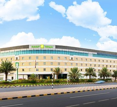 Holiday Inn Muscat Al Seeb 2