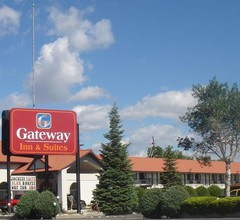 Gateway Inn And Suites 1