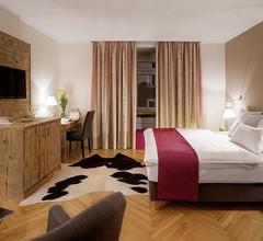 Alpen Hotel München 1