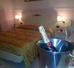 Hotel Luxor 2