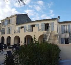 Hôtel Le Mas Saint-Joseph 2