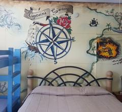 Pirate Haus Inn 2