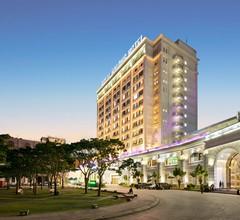 Royal Halong Hotel 1