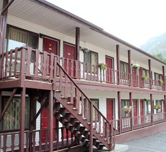 Matterhorn Inn Ouray 1