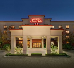 Hampton Inn & Suites by Hilton Langley-Surrey 2