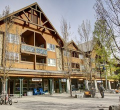 Marketplace Lodge by Whistler Retreats 2