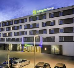 Holiday Inn Express Friedrichshafen 1