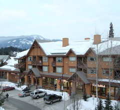 Marketplace Lodge by Whistler Retreats 1