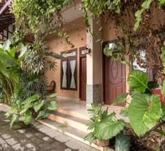 OYO 994 Huber Apartment 2