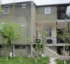 Family Summer House On Cityline 1