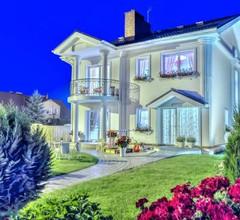 Villa Harmonia Boutique Hotel & Restaurant 2