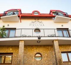 Piroska Villa 2