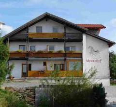 Schreinerhof 2