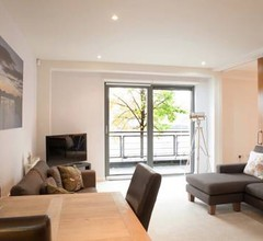 Riverside West End Apartment 2