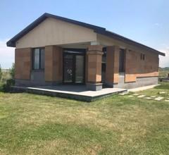Tsovasar Family Rest Complex 1