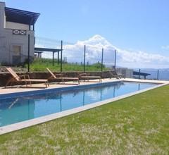 Villa Andrew 2
