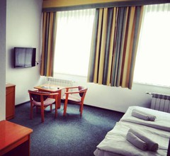 Hotel Wkra 2