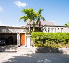 Surin Heights Villa 1
